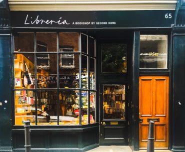 libreria london independent bookshop www.paperbacksocial.com shoreditch bookshops independent bookshops in london bookblogger