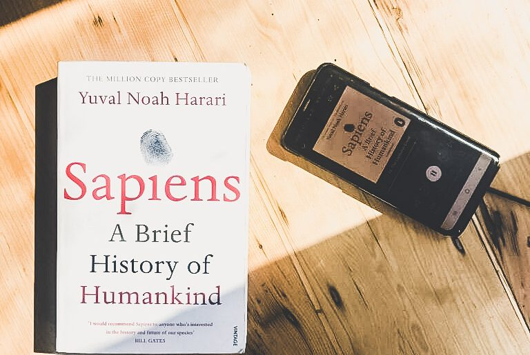 Sapiens Yuval Noah Harari Book Review A Brief History Of Human Kind www.paperbacksocial.com