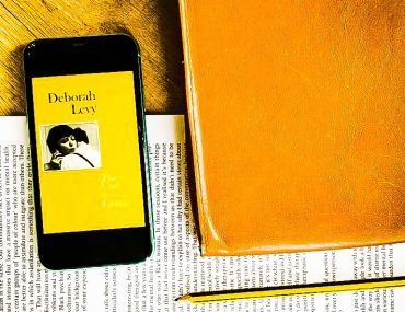 Deborah Levy Cost oF Living book review kindle